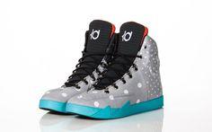 """Nike KD VI NSW Lifestyle """"Birthday"""" polka dot. YIKES."""