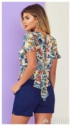 cac69561f1 25 melhores imagens de Camisas floridas