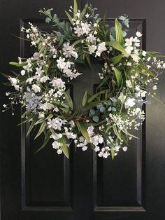 Elegant White Wreath / Spring Wreath / Summer Wreath / Farmhouse Decor / Greenery Wreath / Wreath / Housewarming Gift / Fixer Upper - Lilly is Love White Wreath, Diy Fall Wreath, Summer Wreath, Holiday Wreaths, Spring Wreaths, Winter Wreaths, Front Door Decor, Wreaths For Front Door, Couronne Diy