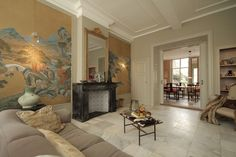 Livingroom Franka van de Ven , antique chinese wallpaper