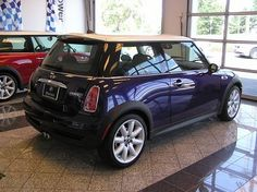 Purple Mini Cooper! Squeee! <3