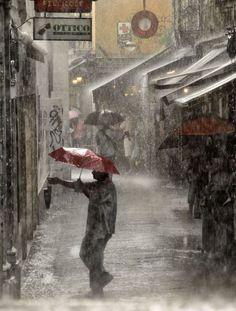 Wow that's heavy rain! Love this pic. Rain photography, rain photos, pouring rain.