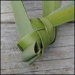 weaving a flax fantail step 20