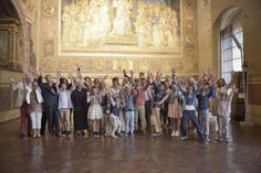 Exchange vows in 13th century town hall of Siena with the most amazing fresco's / Austausch des Gelübde in einer 13. Jahrhundert stammende Rathaus mit den wunderbaren Fresken! / Jullie geloftes uitwisselen in het 13e eeuws stadhuis van Siena met prachtige fresco's! © www.andreapitti.com / © www.conamore.it #siena #tuscany #toskana #toscane #italianwedding #conamore