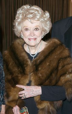 Phyllis Diller, - 95 yrs thanks for all the laughs. Classy Women, Classy Lady, Phyllis Diller, Celebrity Deaths, Thanks For The Memories, I Love Lucy, Famous Celebrities, Famous Faces