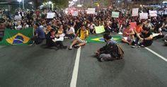 Manifestação em Santos