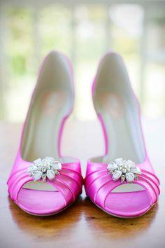 pink high heel shoes for wedding bride. (www.mattwittmeyerweddings.com)