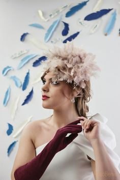 Tocado plumas rosa nude. Fotos. Rocio Berrio Fotografia