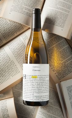 Wine Llavors Blanc on Packaging of the World - Creative Package Design Gallery