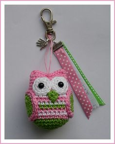 This Little Owl will be 6 cm high, crocheted with a hook. Little Owl, Owl Patterns, Ravelry, Christmas Ornaments, Holiday Decor, Crafts, Owls, Style, Google