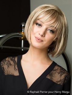 Classic Brunette Balayage - 20 Inspirational Long Choppy Bob Hairstyles - The Trending Hairstyle Bobbed Hairstyles With Fringe, Bob Haircut With Bangs, Bob Hairstyles For Fine Hair, Short Bangs, Medium Bob Hairstyles, Short Hair Cuts, Fringe Bob Haircut, Hairstyles Haircuts, Wedding Hairstyles
