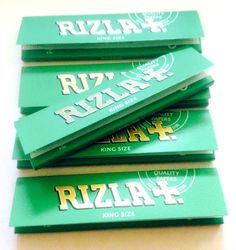 5 or 10 RIZLA GREEN KING SIZE PAPER Cigarette Tobacco Medium Thin ROLLING PAPERS