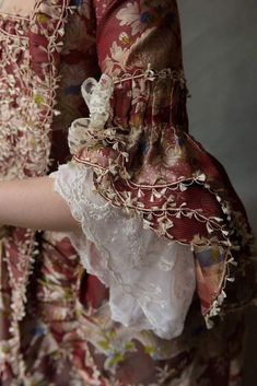 Projects to Try Jahrhundert # Jahrhundert Women's Guide to Getting Their Dream Diamond Engag 18th Century Dress, 18th Century Clothing, 18th Century Fashion, Rococo Fashion, Victorian Fashion, Vintage Fashion, 1800s Fashion, Retro Mode, Mode Vintage