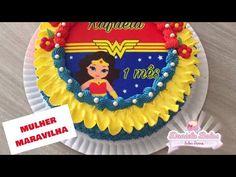 2600d53d08 Live no grupo  bolo mulher maravilha c  papel arroz especial e jady  confeitos