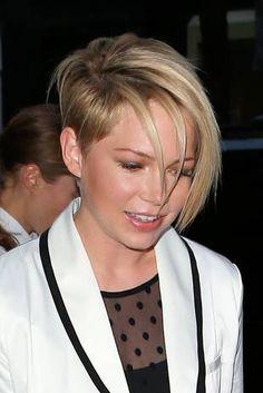 Michelle William's New Haircut                                                                                                                                                                                 More