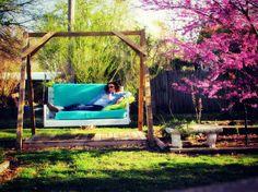 Outdoor Swing DIY