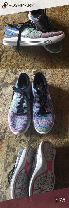 Woman's Nike flyknit shoes Beautiful Nike fly knit shoes for additional pics message me Nike Shoes Sneakers
