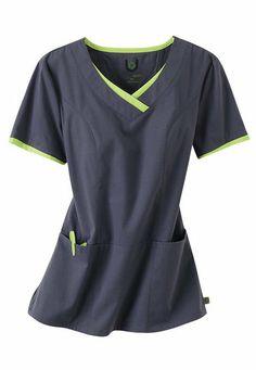 Nurses Urbane Sport princess seam scrub top.