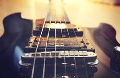 How to Test a Guitar: A Guide for Buying New or Used | Beginner Guitar HQ Guitar Logo, Music Guitar, Playing Guitar, Acoustic Guitar, Learning Guitar, Online Guitar Lessons, Black Electric Guitar, Instrumental Beats, Best Guitar Players