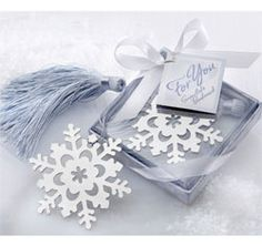 Beau-coup offers the largest selection of winter wedding favors, winter wedding decorations and Christmas wedding supplies. Wedding Favors And Gifts, Winter Wedding Favors, Winter Weddings, Gift Wedding, Wedding Cards, Snowflake Wedding, Christmas Wedding, Christmas Tree, Snowflake Shape