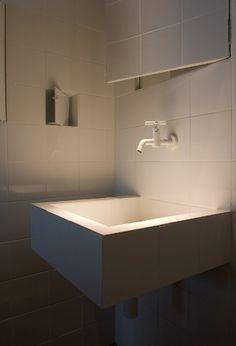 Spotlight on wash basin. Magical.