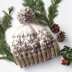 Knit yourself a Woolly Snowflakes Hat for the colder weather!