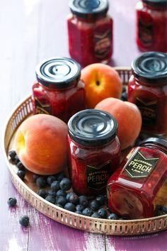 Blueberry Peach Jam (plus FREE printable jar labels!)