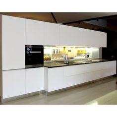 Greeploze keuken in twee kleuren. Mix grijs met wit.   DB Keukens ...