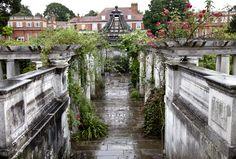 secret gardens and hidden nooks of north london Hampstead London, Hampstead Heath, Amsterdam Travel, London Travel, Hidden London, Greenwich Park, London View, London Bride, Garden On A Hill