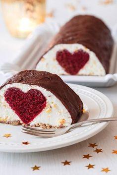 Mandarinkový cheesecake s překvapením Fondant Cupcakes, Cupcake Cakes, Baking Recipes, Dessert Recipes, Desserts, Czech Recipes, Mini Cakes, Amazing Cakes, Yummy Treats