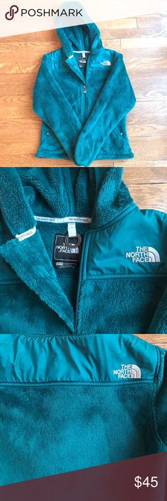 North Face Jacket Women's size XS. Like new condition! No flaws. Bundle to save on shipping and get 10% off! The North Face Jackets & Coats
