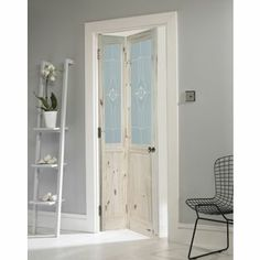 Wickes Woburn Internal White Grained Moulded 6 Panel Bi fold Door     London Glazed Knotty Pine Bi fold Internal Door   30in from Homebase co