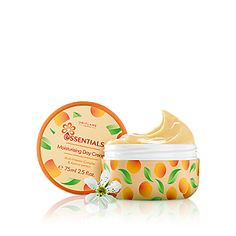 Essentials Moisturising Day Cream Multi-Vitamin Complex & Apricot Extract Ord.pris 115 kr Nu endast 49 kr