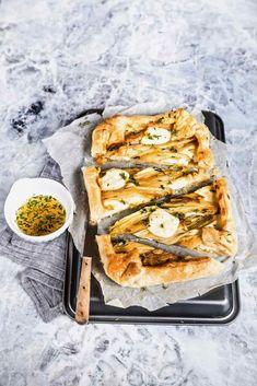 endive, stracchino and honey tart - honey tart with endive and stracchino recipe - torta salata indivia - torta salata indivia e stracchino - tart indivia - opsd blog - sonia monagheddu - food styling - food photography