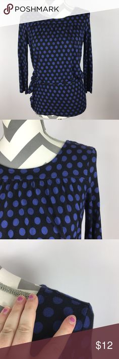 """{Tommy Hilfiger} Blue Polka Dot Blouse w/ Belt Very Good Pre-loved Condition!  Tommy Hilfiger Womens 3/4 Sleeve Black Blue Polka Dot Blouse w/ Belt  Size: Women's Small Measured laying down flat: 24.5"""" in length, 16.5"""" across bust, 18"""" sleeve Material: 100% Rayon Description: Soft & Stretchy Polka Dot Top w/ Tie Belt, Elastic Waist, Flowy at bottom. 3/4 Sleeve.   Comes from a Smoke Free Home Tommy Hilfiger Tops Blouses"""