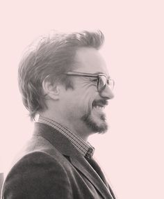 "RDJ promoting ""Marvel's The Avengers"" in Moscow."