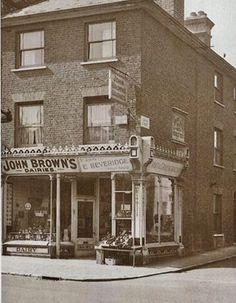 Tunbridge Wells Corner of St Johns Road and John Street no date Camden Road, John Bishop, Tunbridge Wells, Special Interest, Side Wall, Brickwork, St John's, Old Photos, Maya