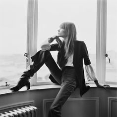 Françoise Hardy photographed by David Cairns, 1969