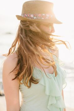 When life brings big winds of change that almost blow you over. close your eyes, hang on tight, and believe. Mint And Navy, Mint Blue, Mint Color, Summer Girls, Summer Fun, Summer Time, Green Ocean, Wallpaper Aesthetic