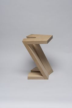 Z stool by Carolin Pertsch