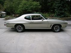 """The Muscle Car History Back in the and the American car manufacturers diversified their automobile lines with high performance vehicles which came to be known as """"Muscle Cars. 70s Muscle Cars, American Muscle Cars, Pontiac Gto, My Dream Car, Dream Cars, Nascar Race Cars, Cool Boats, Le Mans, Trucks"""