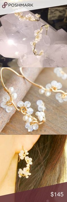 Gourgeous feminine moonstone and pearl earrings Gold, moonstone natural with pearls stunning feline earrings Jewelry Rings