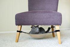 Una hamaca muy práctica para que tu gatito tome algunas siestas. Además, ¡no ocupa lugar!.