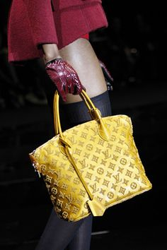 Now, finally ... the Louie I have been waiting for ... Louis Vuitton