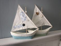 ann wood-inspired paper mache boats i made for my nephews Primitive Christmas, Felt Christmas, Homemade Crafts, Diy And Crafts, Origami Boot, Sailboat Craft, Ann Wood, Paper Mache Crafts, Paperclay