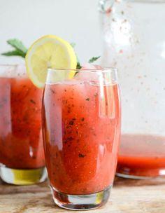 Strawberry Mint Lemonade (www.howsweeteats.com)