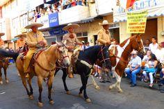 Los Charros en el Desfile #Tepatitlan