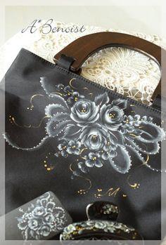 名古屋・鳴海 大人可愛いお稽古サロン アトリエベノアです♪     布のバッグにバラをペイント・・・♪   トラディッションの絵具は ...