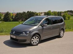 [VW Touran Comfortline BlueMotion TDI] Im Jahr 2010 hat VW dem Touran ein großes Facelift spendiert. In unserem Test zeigt der geräumige VW, ob er noch am Puls der Zeit ist. #vw #touran #volkswagen