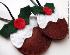 Christmas Puddings Felt Ornament